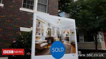 Australia house prices soar at 'unsustainable' rate