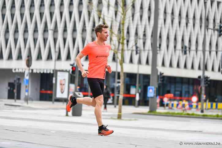 """Olivier (41) loopt een week lang twee marathons per dag, met Tom Waes en Linde Merckpoel in zijn zog: """"Dit zijn mijn Olympische Spelen"""""""