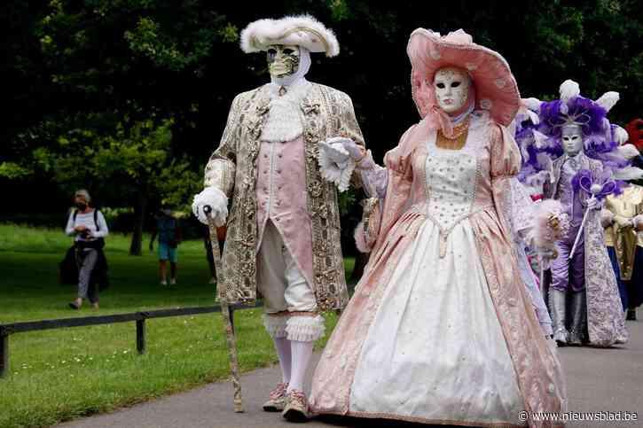 Pronken in Venetiaanse kostuums in Groenenberg en in Museumtuin