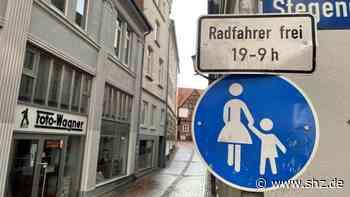 Guten Morgen, Rendsburg!: Frau auf Fahrrad bringt Fußgängerin in Gefahr – und wähnt sich im Recht | shz.de - shz.de