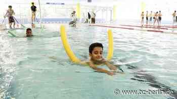 4100 Berliner Kids machten Ferien im Schwimmbad - B.Z. Berlin