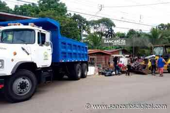 ¡Apoyo! Maquinaria municipal de San Carlos asiste recolección de basura en Guatuso   SanCarlosDigital.com - San Carlos Digital