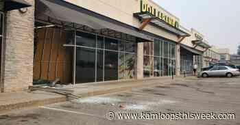 Moving van crashes into Dollarama in Aberdeen - Kamloops This Week