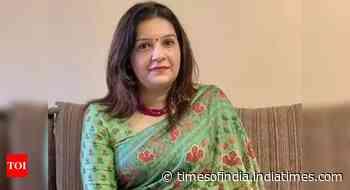 Take urgent actions in Sulli Deals case: Sena MP Priyanka Chaturvedi writes to IT minister