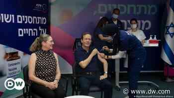 +Coronavirus hoy: Presidente de Israel recibe una tercera dosis de BioNTech/Pfizer+ - DW (Español)