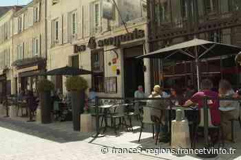"""A La Rochelle de nombreux restaurants fermés pour cause de covid : """"on travaille tous avec la boule au ventre"""" - France 3 Régions"""