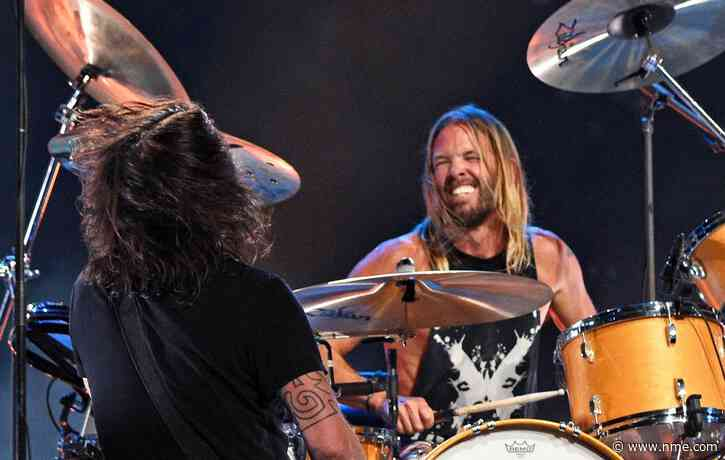 Foo Fighters pay onstage tribute to ZZ Top's Dusty Hill at Cincinnati show