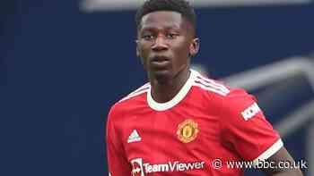 Di'Shon Bernard: Hull City sign Manchester United defender on season-long loan