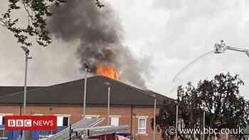 Trafford General: Lightning strike sets hospital roof on fire
