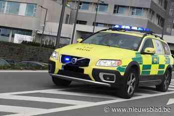 Fietser aangereden door wagen - Het Nieuwsblad