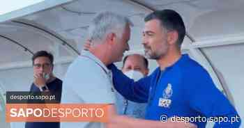 Vídeo: Mourinho foi ao banco do FC Porto e deixou toda a gente a rir - SAPO Desporto