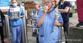 Exhausted NHS workers march on No 10 over 'grossly inadequate' 3% pay rise