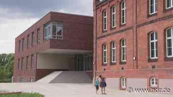 Wismar und Sundhagen: Neue Klassenräume zum Schulstart fertig - NDR.de