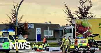 Jonge fietsster in levensgevaar na dodehoekongeval met vrachtwagen in Roeselare - VRT NWS