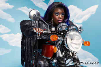 Yola Walked Through Fire to Stand for Herself - SPIN