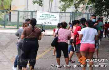 Disminuye fila por la vacuna en Centro de Convenciones de Acapulco - Quadratin Guerrero