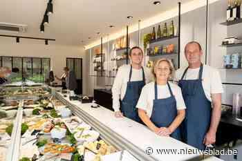 """Beroemde winkel Van Bladel (her)opent in Hove: """"Al dertig jaar 'in de vis'"""" - Het Nieuwsblad"""