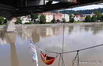 Nach Baumhausklimacamps: Aktivisten ziehen unter Fünferlsteg - Passau - Passauer Neue Presse