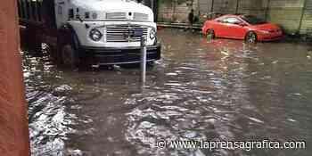 Inundación afecta comercios y colonia de Cojutepeque - La Prensa Grafica