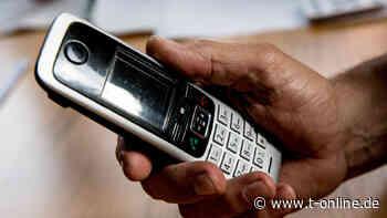 Wolfsburg: Seniorin deckt Trickbetrug am Telefon auf - t-online
