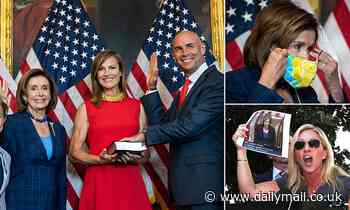 Nancy Pelosi removes her face covering for photo op, violating her OWN mask policy