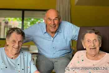 Zie ze stralen: de oudste tweeling van het Meetjesland is 96 - Het Nieuwsblad