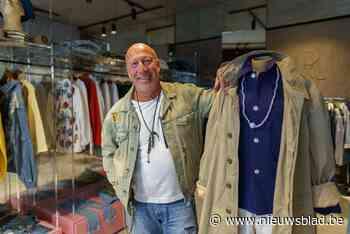 """Gepensioneerde Gaston (65) realiseert droom met eigen naaiatelier: """"Ik pimp kledij van bekende merken"""""""