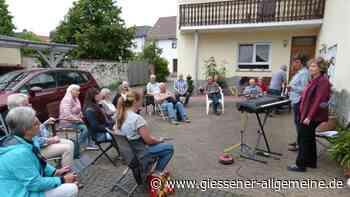 Chorgemeinschaft probt draußen - Gießener Allgemeine