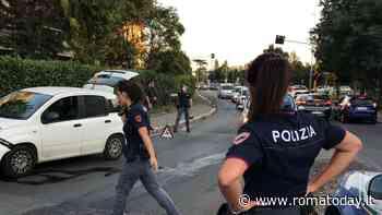 Colli Aniene, scappano contromano dopo inseguimento: residente e polizia bloccano un fuggitivo. Il racconto