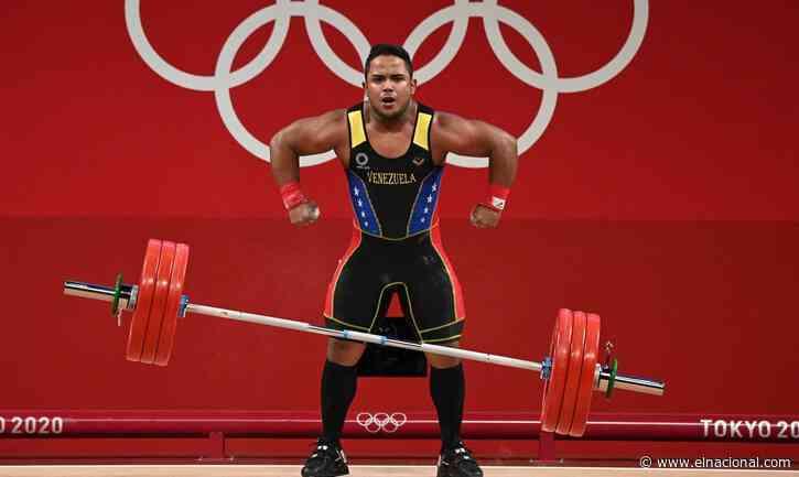 Keydomar Vallenilla le da a Venezuela otra medalla de plata en halterofilia