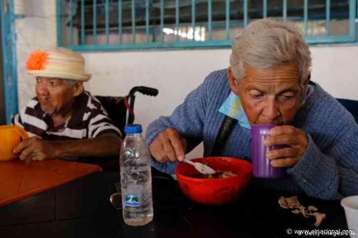 Convite: Ocho de cada diez adultos mayores no come bien por bajos ingresos