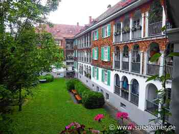 Konstanz: Wie lebt es sich in Konstanz? Hinter diesen Holzfassaden stecken Geschichten, die nur die Anwohner kennen – zu Gast in der Turniersiedlung - SÜDKURIER Online