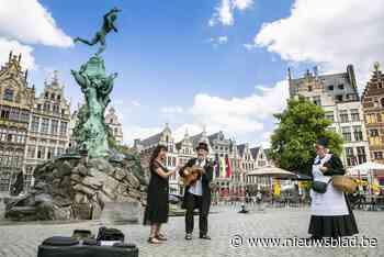 """Flamboyante gidsen leiden elkaar rond in Antwerpen en Gent: """"Als Gent de Schelde had tegengehouden, was er niets in Antwerpen"""" - Het Nieuwsblad"""