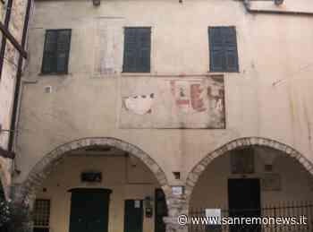 Sanremo: stemmi di Piazza Oratorio dei Dolori, una ipotesi del lettore Giacomo Mannisi - SanremoNews.it
