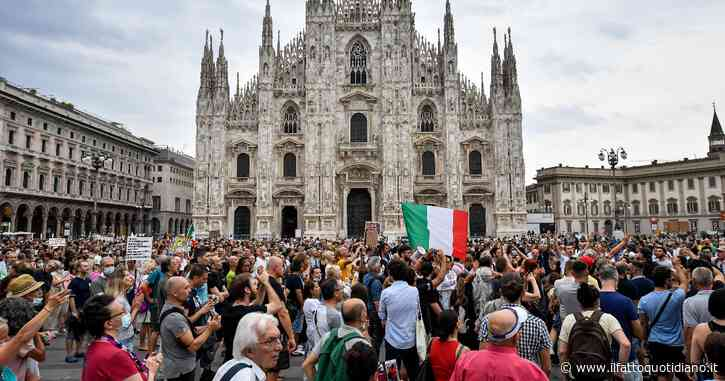 No Green Pass, da Roma a Genova fino alle migliaia di persone di Milano: in piazza i manifestanti contro il lasciapassare vaccinale