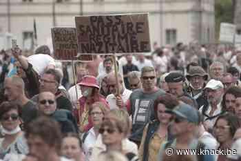 Opnieuw honderdduizenden Fransen op straat uit protest tegen coronamaatregelen