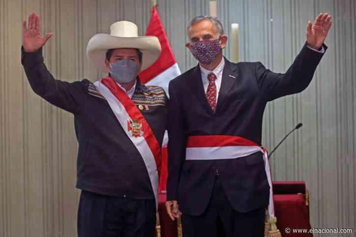 Pedro Castillo intenta apaciguar críticas con dos últimos ministros