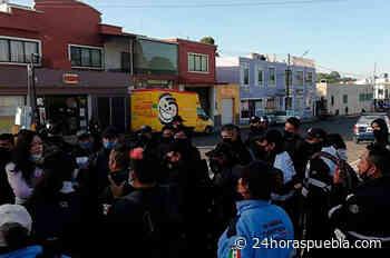Protestan guardias ciudadanos y turísticos de San Pedro Cholula por descuento salarial - 24 Horas El Diario Sin Límites Puebla