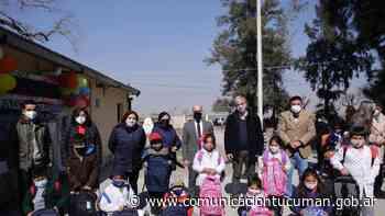 Entregan mochilas y útiles escolares en San Pedro y San Antonio - Comunicación Tucumán