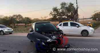 Santa Ana: Un herido tras violento choque entre dos autos - CorrientesHoy.com