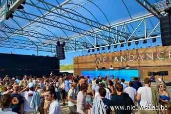 Groen scherm, en dan àlle remmen los: 2.500 feestvierders dansen op eerste dancefestival na corona - Het Nieuwsblad