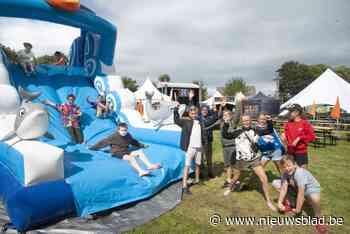 Feest op Gandhiplein (Brugge) - Het Nieuwsblad