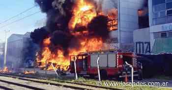 Voraz incendio afecta la planta de la cervecería Quilmes en Buenos Aires - Los Andes (Mendoza)
