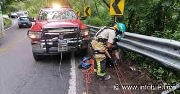 Trágico accidente en Puerto Vallarta: murieron dos personas al volcarse camión con cocos - infobae