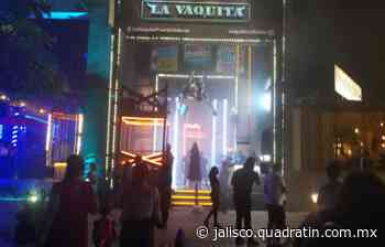 Puerto Vallarta mantiene su vida nocturna en antros y bares - Quadratín Jalisco