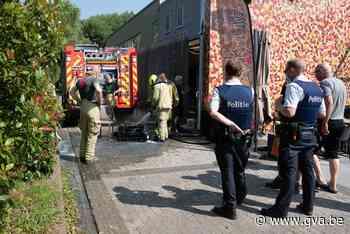 Brand in berging naast vaccinatiecentrum (Sint-Gillis-Waas) - Gazet van Antwerpen