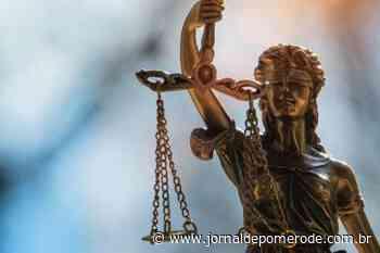 Justiça reconhece demissão por justa causa de mulher que, sob atestado por Covid-19, viajou a lazer - Jornal de Pomerode