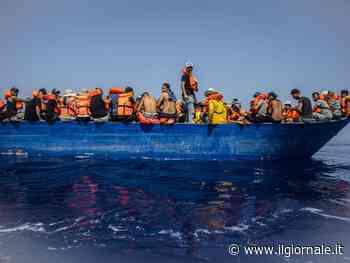 Lampedusa scoppia, l'Ongsoccorre altri 400 migranti