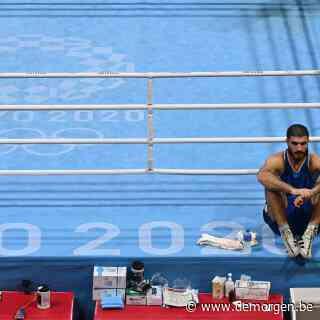 Franse bokser Aliev protesteert met sit-in na diskwalificatie
