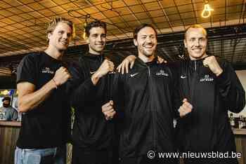 """3x3 Lions als helden onthaald in Antwerpen: """"Ze gaan als blijvers de geschiedenis in"""""""